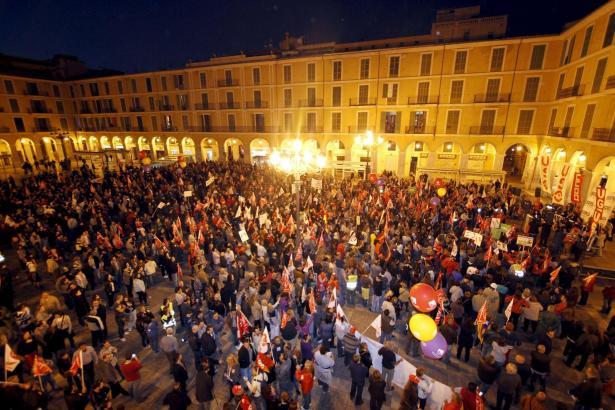Abschlusskundgebung auf Palmas Plaça Major.