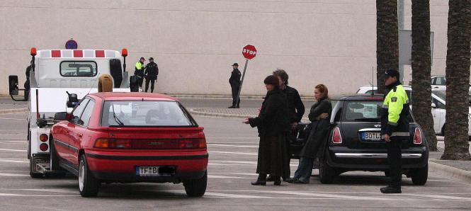 Immer wieder hat es auf Mallorca Polizeikontrollen gegeben, bei denen Fahrzeuge mit ausländischem Kennzeichen stillgelegt wurden