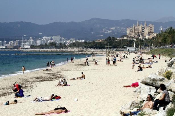 Bereits Anfang April gab es einige sonnige Tage auf Mallorca, die sich zum Sonnenbaden eigneten.