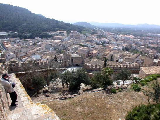 Die Burg von Capdepera gehört zu den meistbesuchten Attraktionen des Dorfes.
