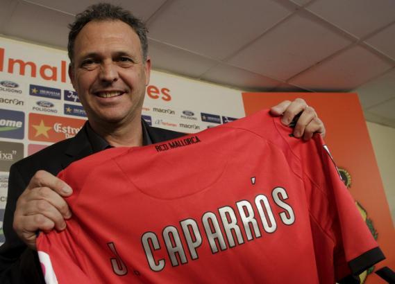 Joaquín Caparrós verlängert bei Real Mallorca für eine Spielzeit.