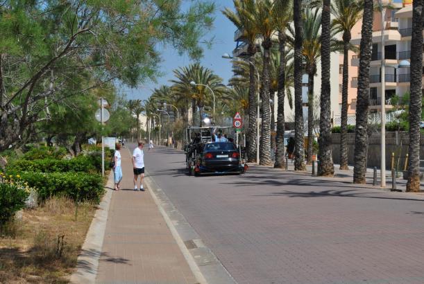 """Dreharbeiten an der Playa de Palma für den """"Mallorca-Detektiv""""."""