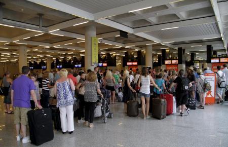 Balearen-Bewohner zahlen auf innerspanischen Reisen nur die Hälfte.