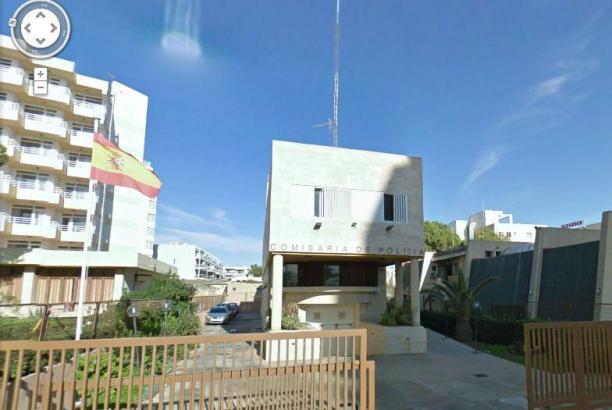 Das ist die Wache der Nationalpolizei an der Playa de Palma, Carrer Marbella.