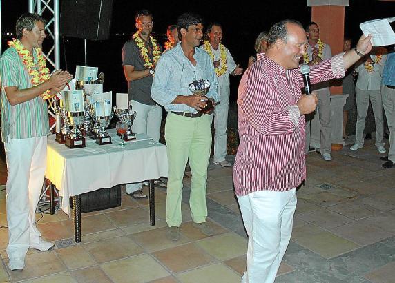 Bei der Siegerehrung im vergangenen Jahr (v.l.): Andreas Pamer (Golf Son Gual), Borja Ochoa (Hotel Son Julia) und Thomas Krauß (