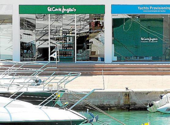 Der neue El Corte Inglés im Hafen von Port Adriano bietet vor allem Yachtbedarf an.