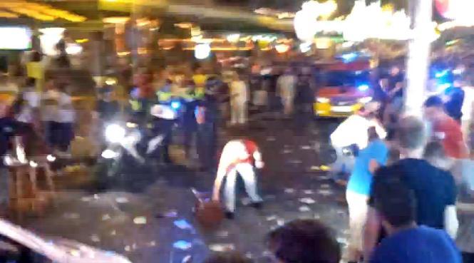 Eine Szene aus dem Youtube-Video. Es trägt auf Spanisch den Titel: Schlägerei in der Schinkenstraße, Afrikaner gegen deutsche To