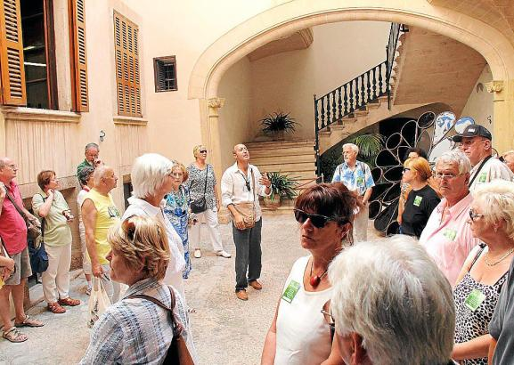 guia turistico tomas ruta de los patios palma