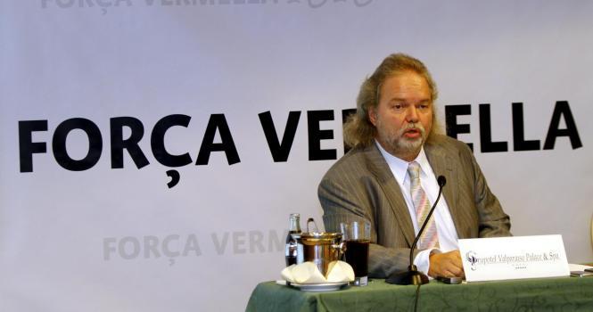 Utz Claassen bei einer Pressekonferenz in Palma.