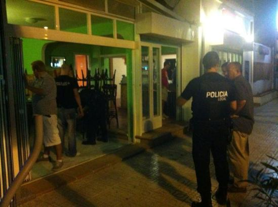 """Polizeioperation """"Poco Loco"""" gegen Rauschgifthandel an der Playa de Palma."""