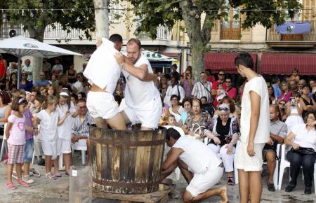 Skurrile Volksfeste auf Mallorca 2012