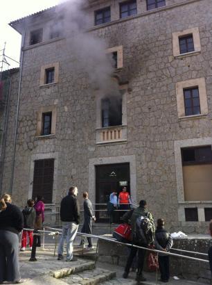 Brand im Kloster Lluc.