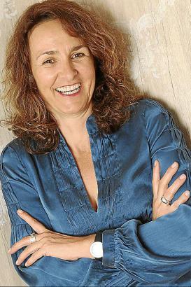 Lisa Graf-Riemann studierte Romanistik und Völkerkunde in München, Murcia und Coimbra.
