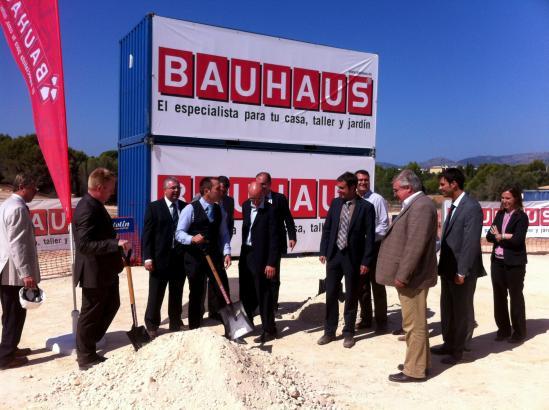 Grundsteinlegung zur Bauhaus-Filiale auf Mallorca.