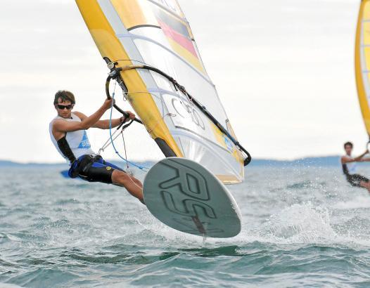 Toni Wilhelm in Aktion: Angefangen hat der Lörracher im Alter von sechs Jahren auf den Schweizer Seen und dem Gardasee.