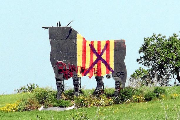 Diesen Anblick bietet derzeit der Stier von Algaida.