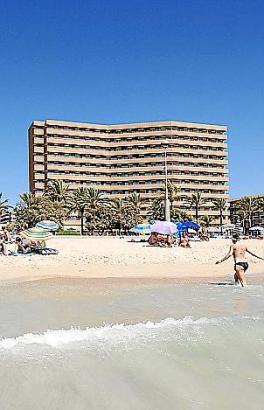 Das Pil·lari Playa bietet von allen Zimmern Meerblick.