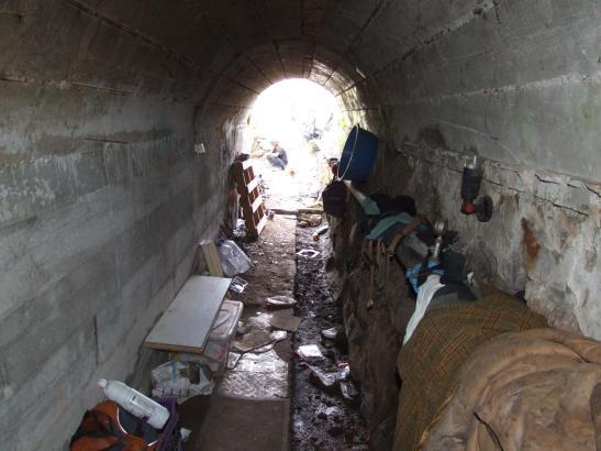 In diesem Abwassertunnel lebte der Obdachlose zirka ein Jahr lang.