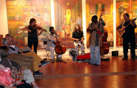 """Abschlusskonzert der MM-Frühlingsevents bei Macià Batle mit """"Wa Koul Diop"""", 30. Mai 2013"""