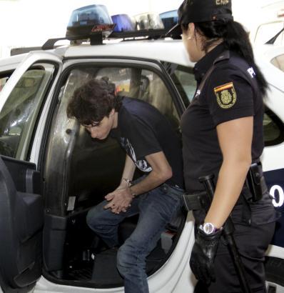 Der 21-Jährige bei seiner Festnahme im Oktober 2012.