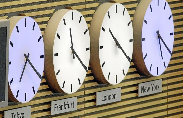 An diesem Sonntag, 27. Oktober, wird von Sommer- auf Winterzeit umgestellt: Nachts um drei werden die Uhren eine Stunde zurück a
