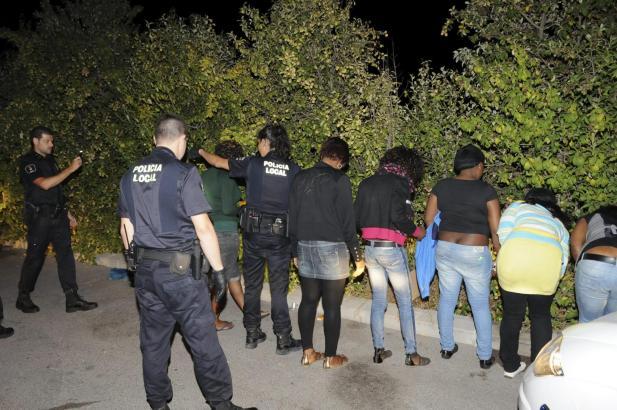 Im Kampf gegen die Straßenprostitution plant die Stadt Palma Sperrbezirke auszuweisen.