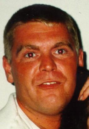 Das Fahndungsfoto, eine Aufnahme aus dem Jahre 1997.