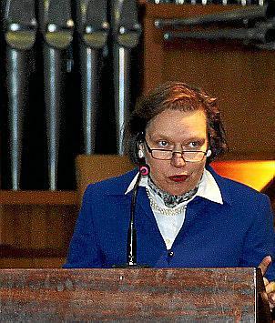 Sorgte mit ihrer Laudatio für Kurzweil: die deutsche Konsulin Regina Lochner.