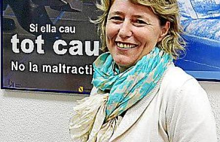 """Isabell Llinas Warthmann, Leiterin des """"Instituto Balear de la Mujer"""" in Palma."""
