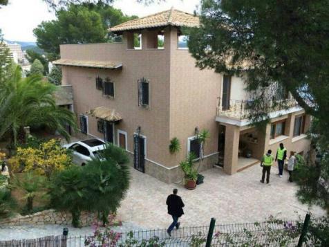 In dieser Immobilie in Peguera fand die Hausdurchsuchung statt.