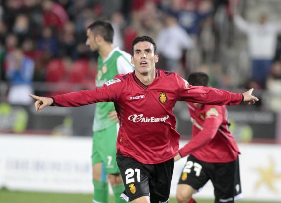 Im letzten Spiel des Jahres konnte Real-Mallorca-Stürmer Alejandro Alfaro zwei eigene Treffer bejubeln.