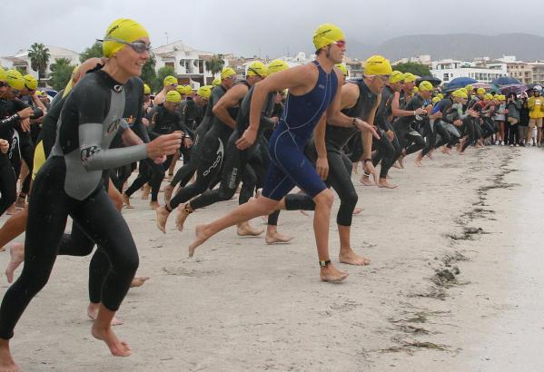 In Alcúdia geht der Triathlon erstmals über die volle Distanz.