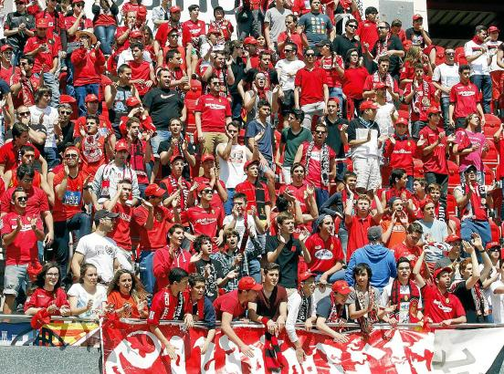 Die Fans hoffen auf einen Umschwung. Lange genug haben sie gewartet, dass sich die Situation im Verein ändert.