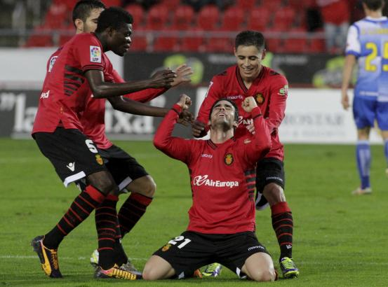 Alejandro Alfaro bejubelt seinen Treffer zum 2:0. Es war sein sechstes Saisontor.
