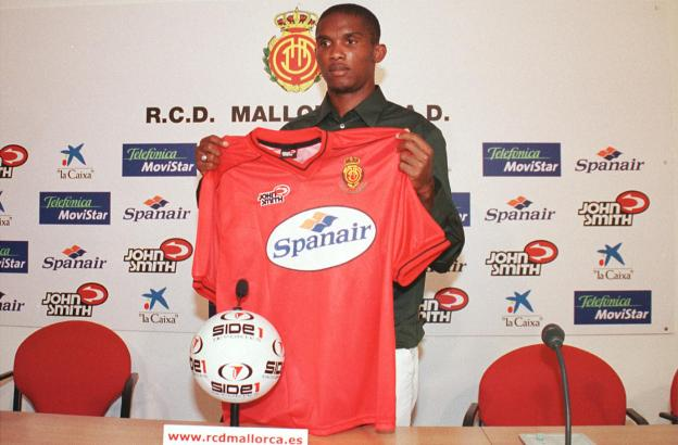 Dieses Foto ist mehr als 13 Jahre alt: Samuel Eto'o bei seiner Präentation bei Real Mallorca.