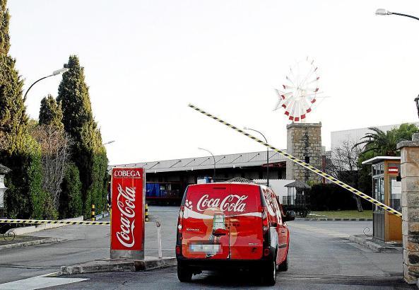 Wenn die Produktion in Palma eingestellt wird, müssen die Getränke künftig per Schiff auf die Insel gelangen.