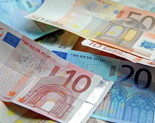 Zinsen und Einnahmen aus Kapitalanlagen im Ausland geraten ins Visier des deutschen Fiskus.