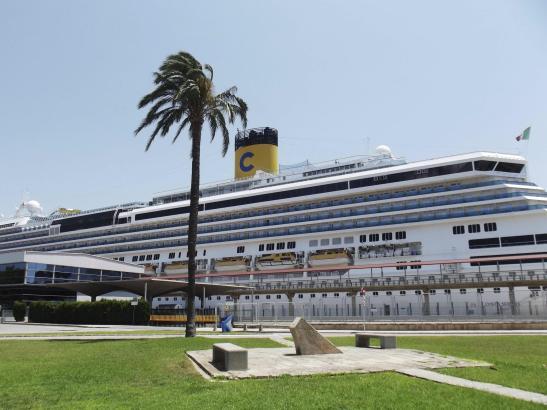 """Die """"Costa Serena"""" war 2013 oft zu Gast im Hafen von Palma."""