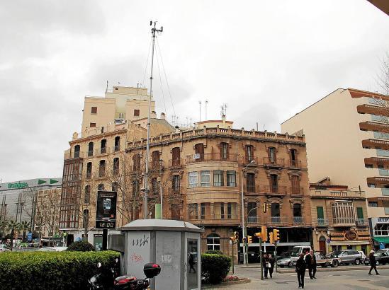 Eine der Messstationen des balearischen Umweltministeriums steht an der Ecke Avenidas/Carrer Manacor mitten in Palma.