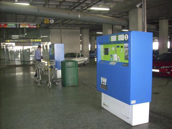 Will Geld von den ersten Minute an: Der Parkautomat am Flughafen Palma.