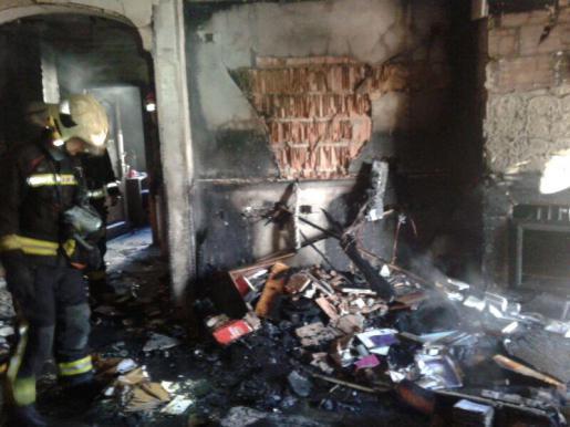 Diese Aufnahme machte die Feuerwehr kurz nach Beendigung der Löscharbeiten.