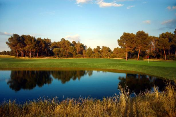 Der Golfplatz Puntiró befindet sich an der Straße von Palma nach Sineu.