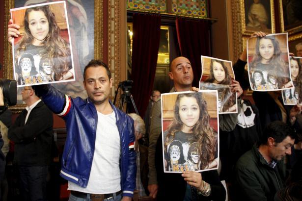 Demonstration im Rathaus von Palma: Maléns Freunde fordern die Behörden auf, die Suche nach ihr fortzuführen.