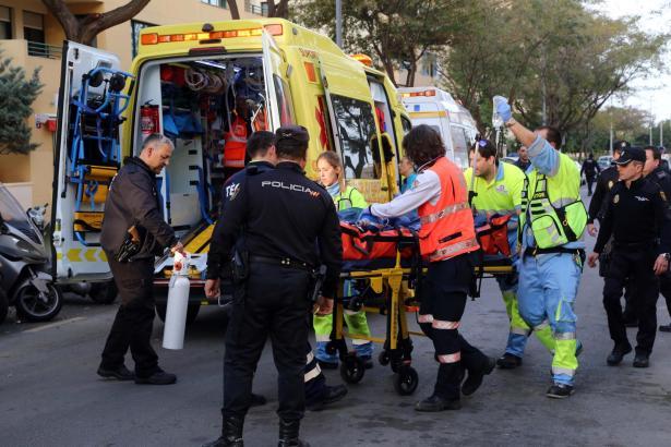 Nach dem Sturz wurde das Mädchen schwerverletzt ins Krankenhaus gebracht.