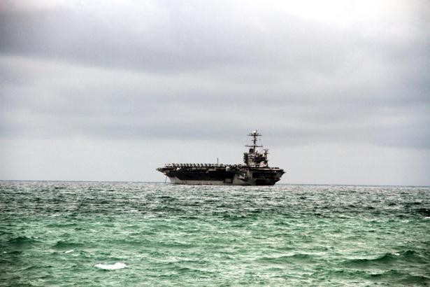 "Der Flugzeugträger ""USS Harry S. Truman"" bei seiner Ankunft in Palma."