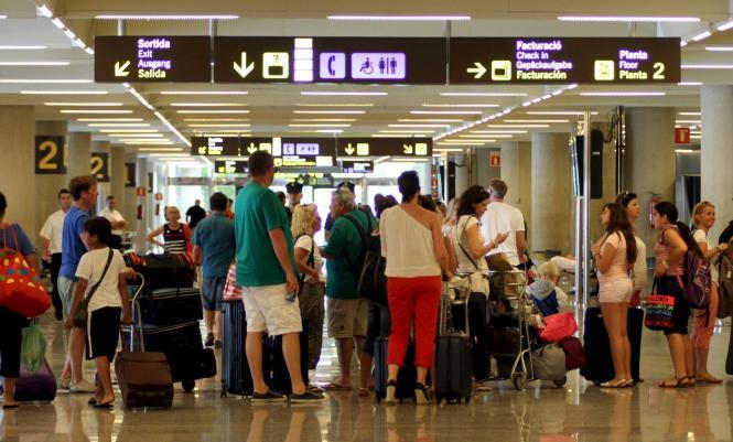 In der Osterwoche erwartet Palmas Flughafen besonders viele Touristen.