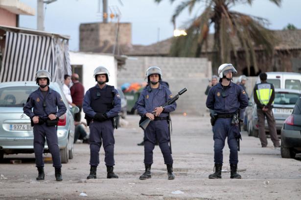 Im Mai 2010 fand eine der großen Polizeirazzien in Son Banya statt.