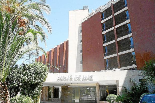 Das Hotel wurde am 3. Mai 1964 eingeweiht.
