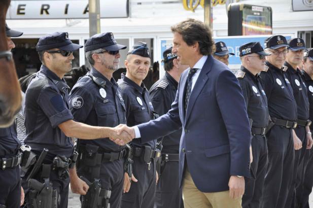 Bürgermeister Mateo Isern setzt auf mehr Polizeipräsenz an der Playa de Palma.