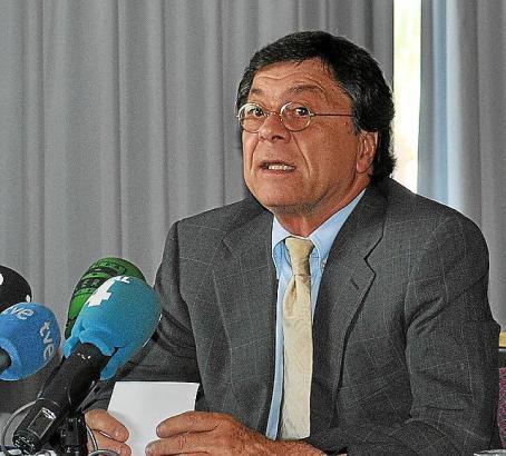 """Will dem Investor ein """"Gesicht"""" geben: Repräsentant Francisco Durán Sánchez auf seiner Pressekonferenz."""